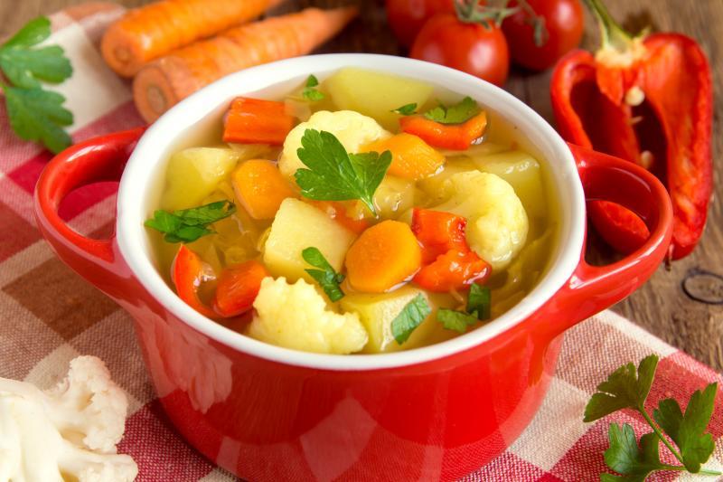 Tradycyjna zupa jarzynowa