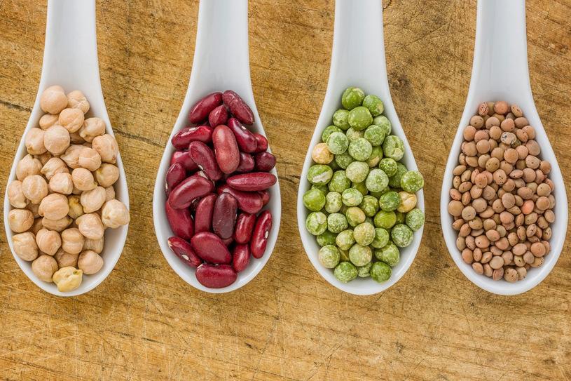 Jak polubić strączki? 5 sprawdzonych przepisów na dania z roślinami strączkowymi